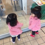 双子ママ、今日から仕事復帰。双子は間もなく1歳半