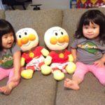 朝からほっこりする出来事。2歳4ヶ月の双子姉妹